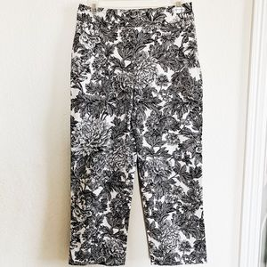 Rafaela Floral Capri pants black and white